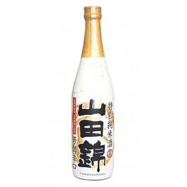 Sake Yamadanishiki Tokubetsu Junmai 720 ml