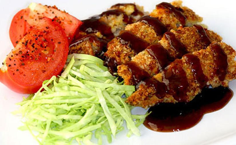 Tonkatsu – Escalope de Cerdo con Salsa
